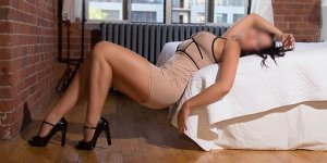 Lilah escort girl in Bourbonnais Illinois
