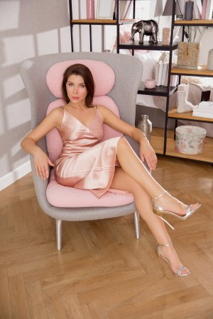 Mary-lise escort girl